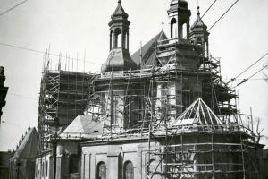 W 1948 r. przystąpiono do odbudowy katedry prowadzonej według projektu architekta Franciszka Morawskiego.