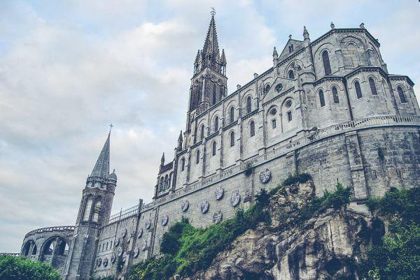 Ogl�dasz obraz z artyku�u: XXIV Archidiecezjalna Pielgrzymka do Sanktuari�w Maryjnych w Hiszpanii i Francji