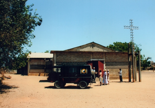 Oglądasz obraz z artykułu: Dar na Jubileusz 1050: remont szkoły i kaplicy w Befasy na Madagaskarze