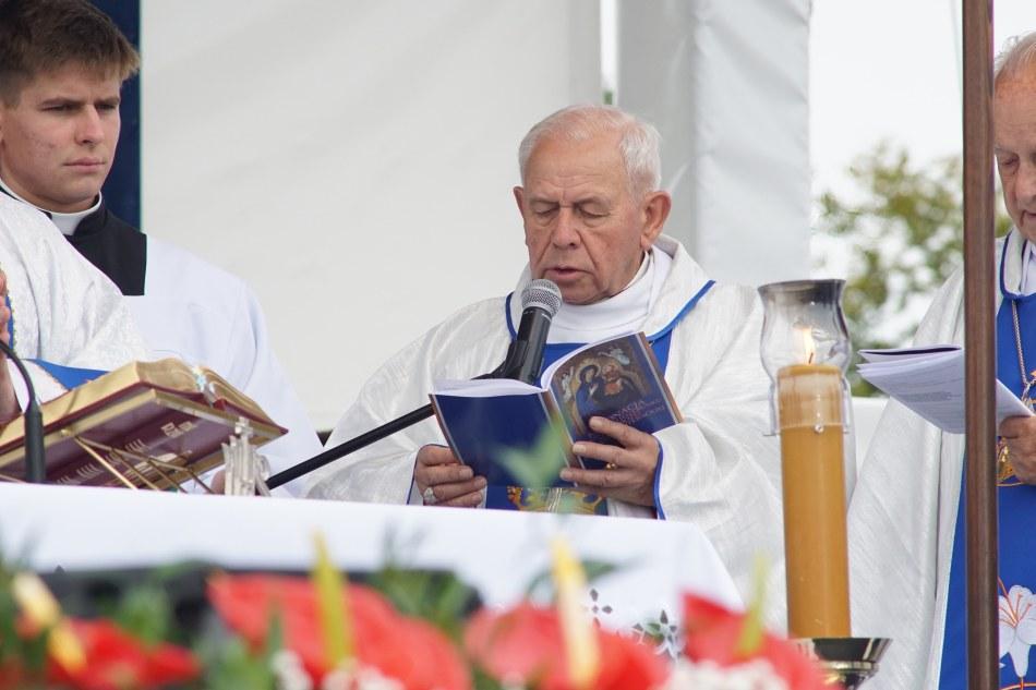 Oglądasz obraz z artykułu: Koronacja Matki Bożej Bukowskiej Literackiej - fotoreportaż