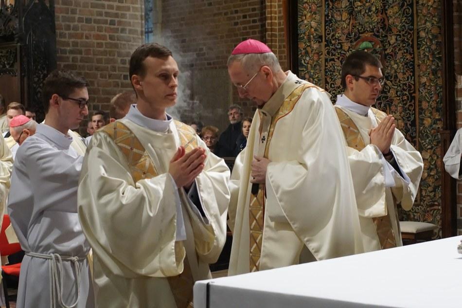 Oglądasz obraz z artykułu: 15. rocznica ingresu Arcybiskupa Metropolity Poznańskiego