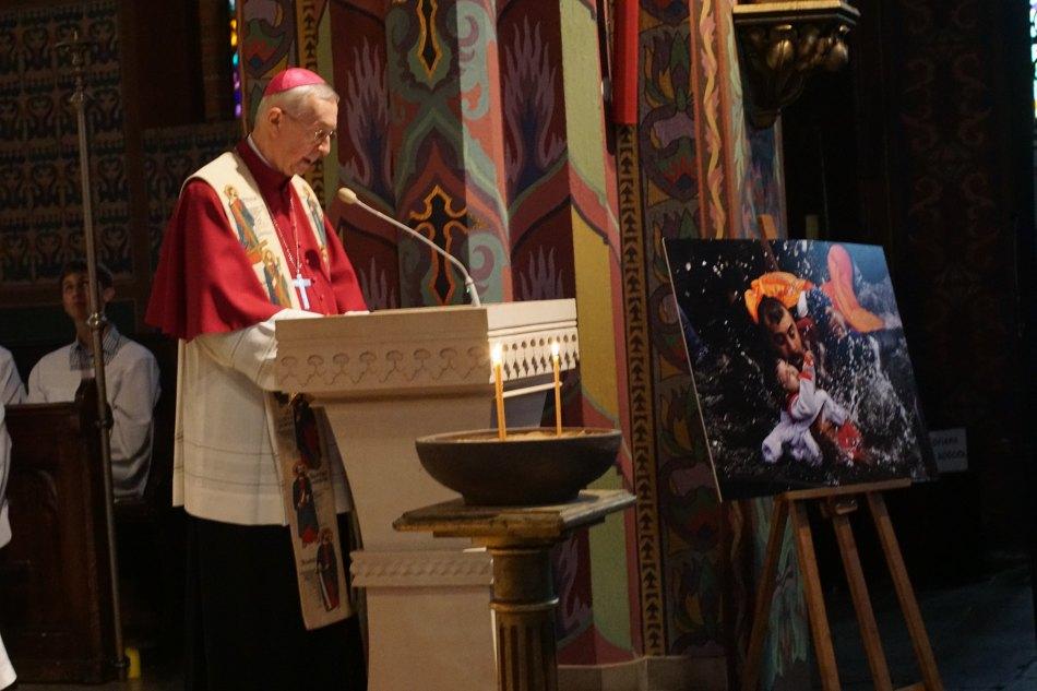 Oglądasz obraz z artykułu: Poznańska modlitwa za uchodźców - fotoreportaż