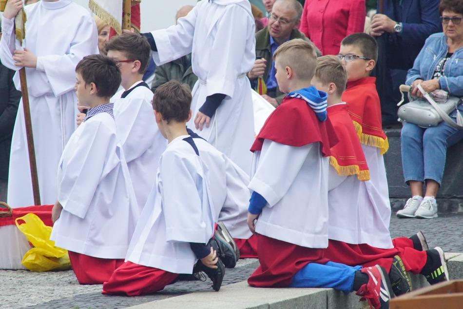 Oglądasz obraz z artykułu: Procesja ku czci Najświętszego Serca Pana Jezusa