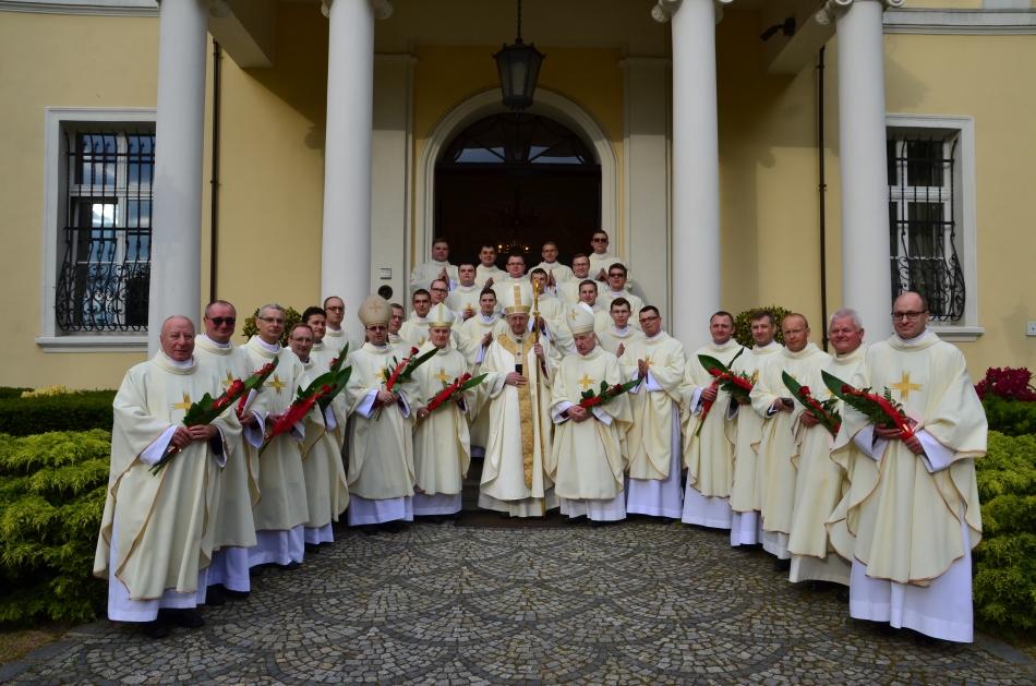 Oglądasz obraz z artykułu: Święcenia kapłańskie