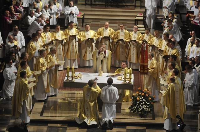 Ogl�dasz obraz z artyku�u: Neoprezbiterzy 2009